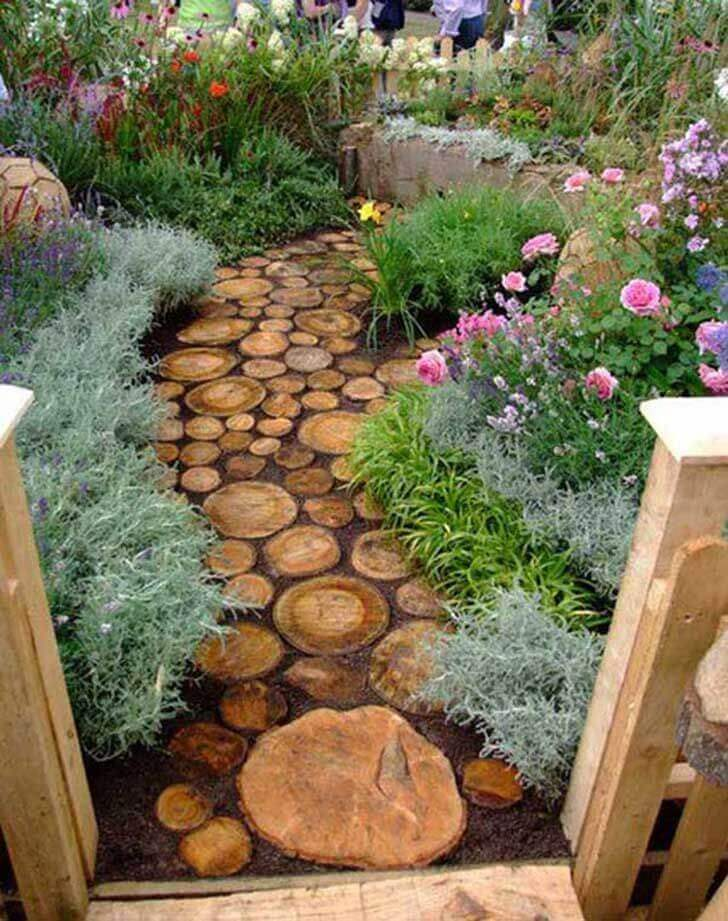 """Rustic Stepping """"Stones"""" for a Truly Unique Garden"""