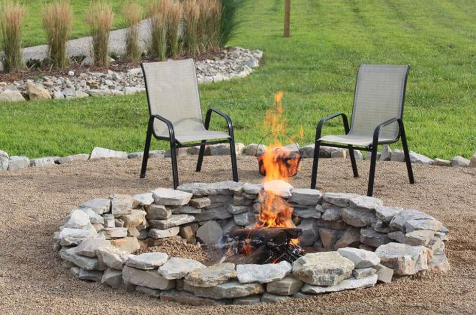 Warm Up the Yard With a DIY Fire Pit