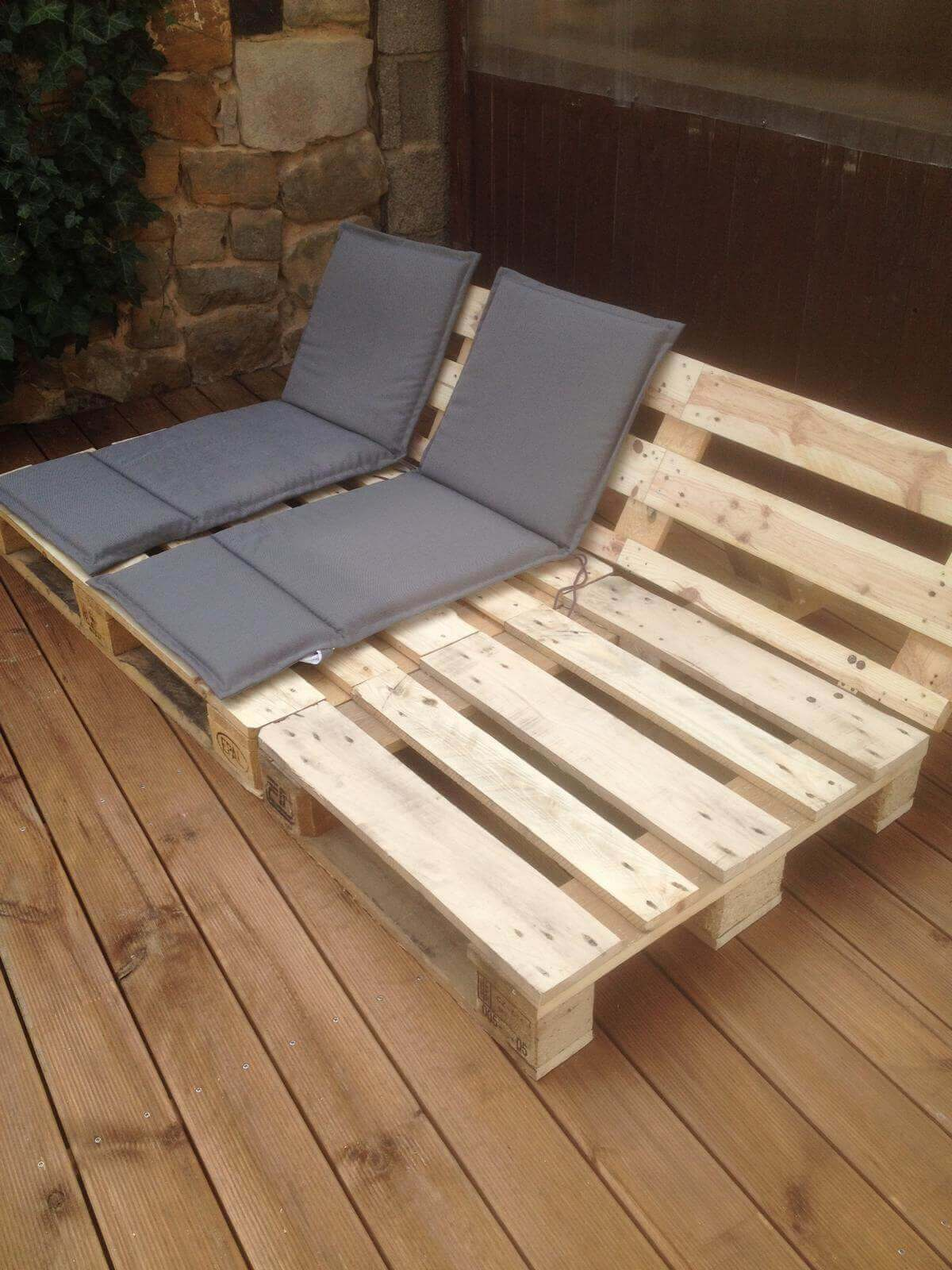 6 Reclining Seats For Your Patio Or Deck