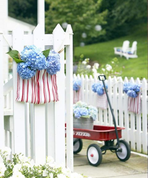 Striped Bouquet Holders