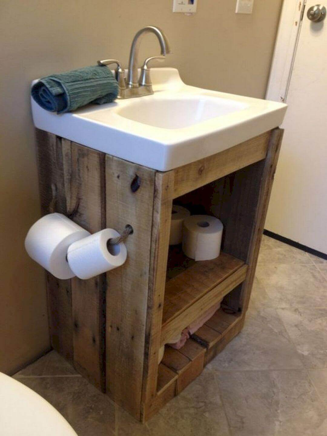 Small Space Idea with Raw Wood