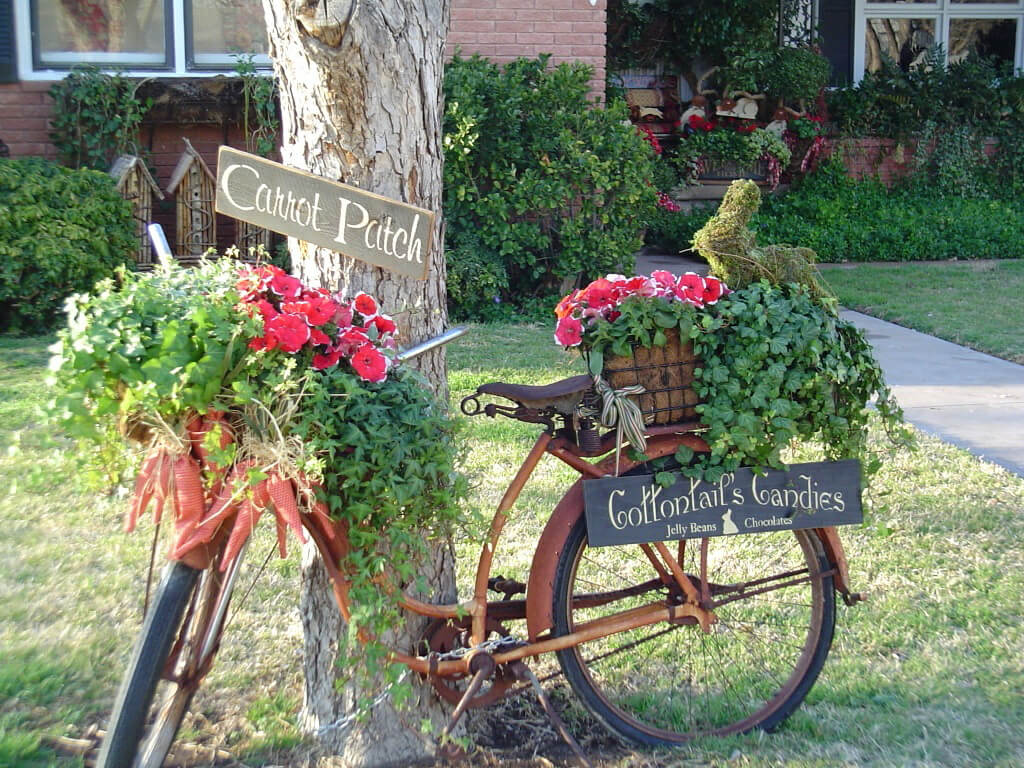 Upcycled Vintage Bicycle Planter