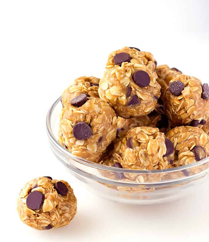 No-Bake 4-Ingredient Peanut Butter Energy Bites