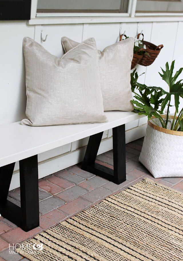DIY Outdoor Bench Ideas: Modern and Chic Patio Bench