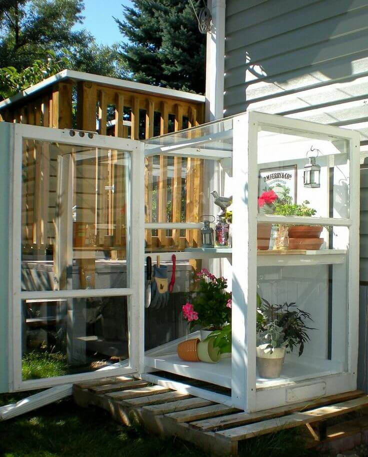 A Glass Box for Your Gardening Needs | Build a beautiful outdoor greenhouse | Creative Greenhouse DIY plans