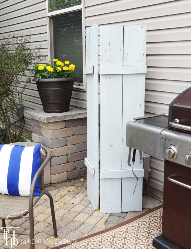 The Simplest Screens Can Be Effective | Outdoor Eyesore Hiding Ideas