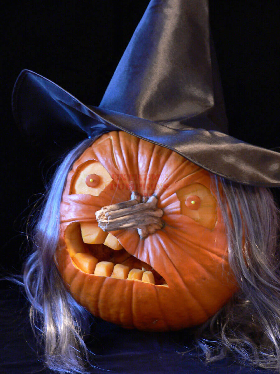 DIY Pumpkin Carving Ideas: Witchy Woman