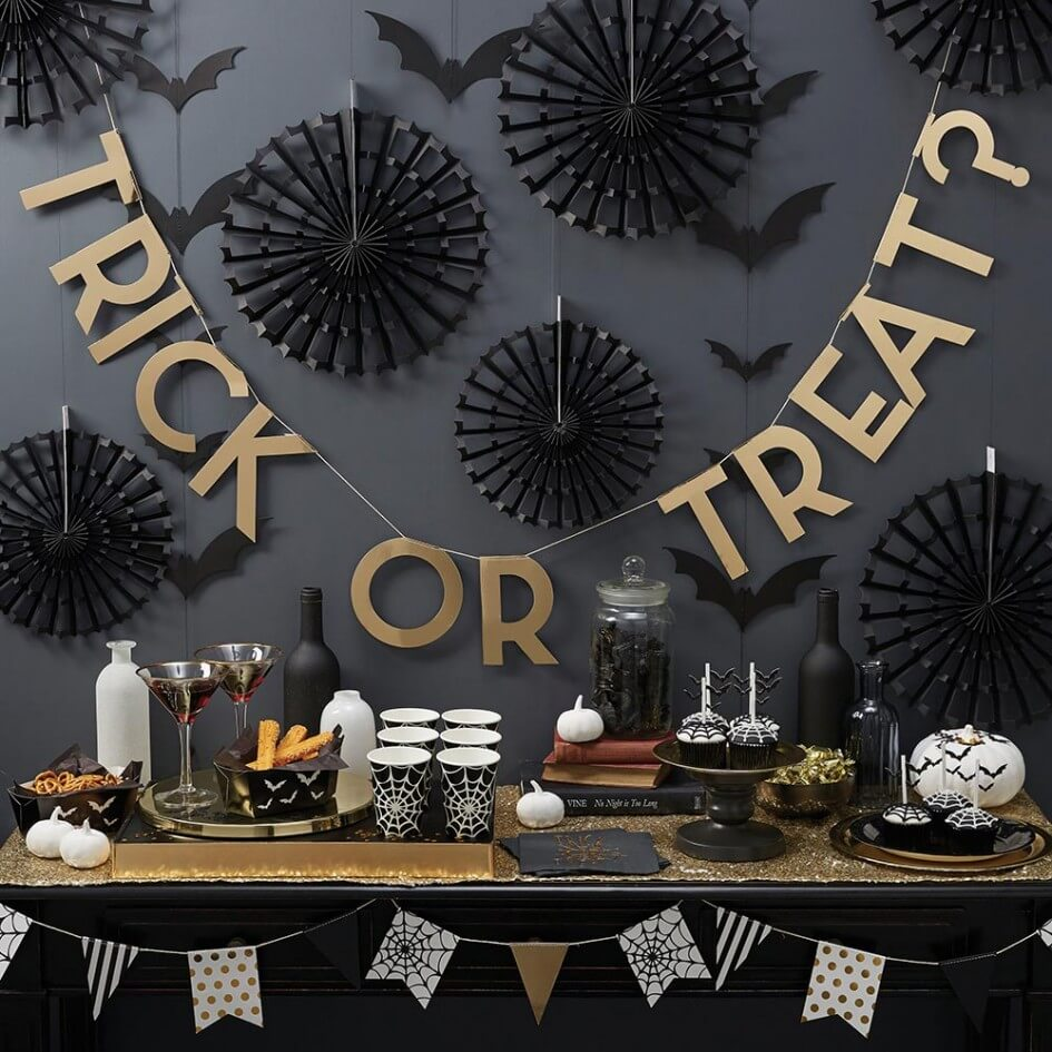 An Eerie Good Spread | Awesome DIY Halloween Party Decor | BHG Halloween