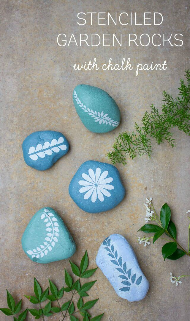 Garden Rocks Pretty in Leaves and Blue | DIY Painted Garden Decoration Ideas