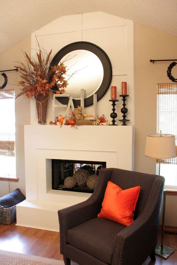 Traditional Display with a Classy Effect | Fall Mantel Decorating Ideas For Halloween