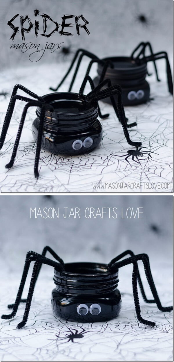 DIY Mason Jar Halloween Crafts: Silly Spider Pipe Cleaner Mason Jar Craft