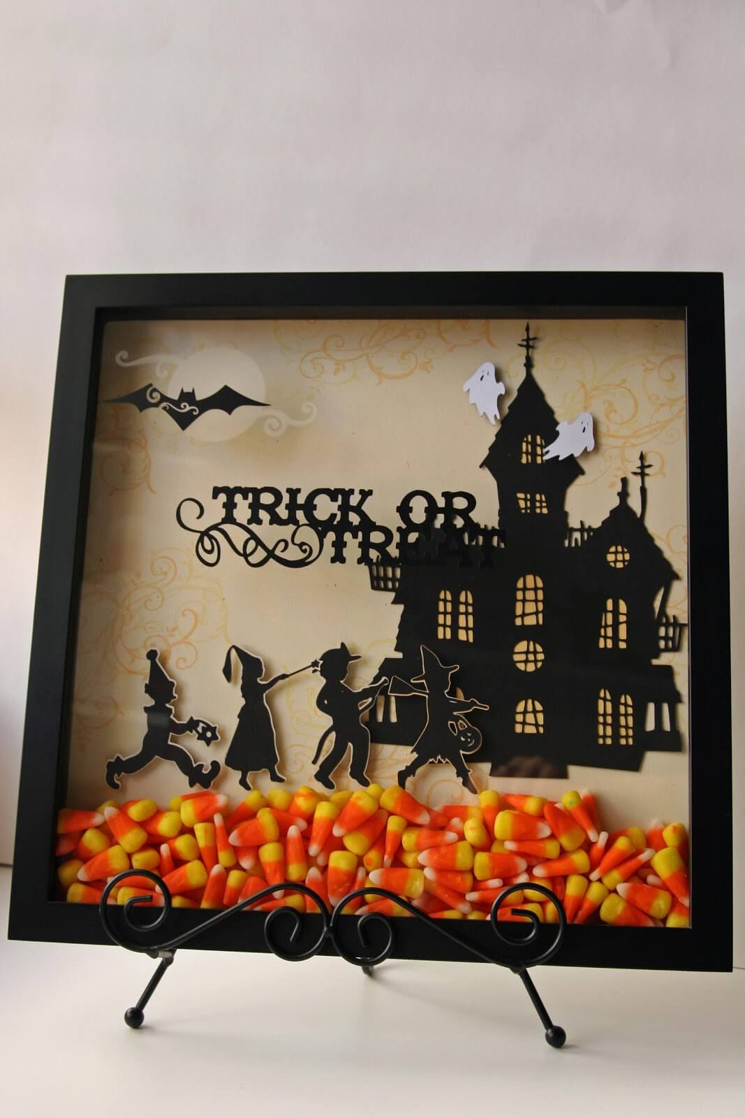 Candy Corn Makes Season Shadow Box Sweet | DIY Indoor Halloween Decorating Ideas