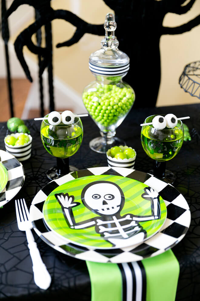 Fun and Kooky with Green and Black | Awesome DIY Halloween Party Decor | BHG Halloween