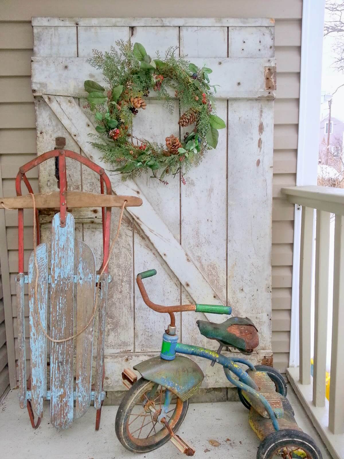 The Ghosts of Christmas Past   Vintage Porch Decor Ideas