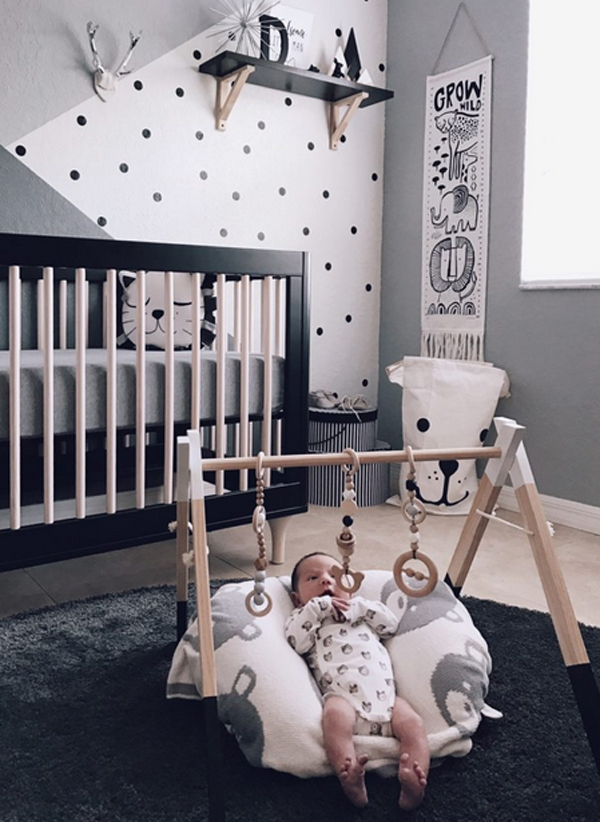 Neutral Grey Nursery With Zoo Themes | Cool Zoo Themed Bedroom Ideas For Kids or Nursery