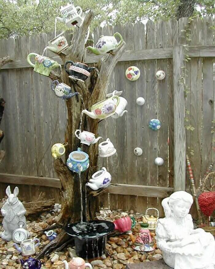 Fountain From A Tree Stump and Recycled Tea Pots | Tree Stump Decorating Ideas | How To Decorate a Tree Stump In Landscape