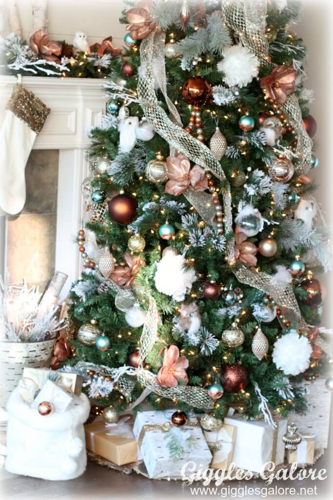 Glam Metallic Farmhouse Christmas Tree | Best Way to Decorate Christmas Trees on a Budget: Inexpensive or Free & Easy Holiday Ornaments & Decorations