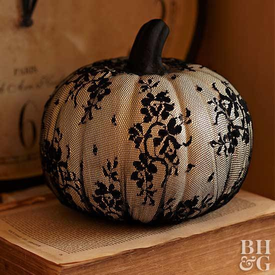 Lacy Pumpkin | No-Carve Pumpkin Decorating Ideas For This Halloween