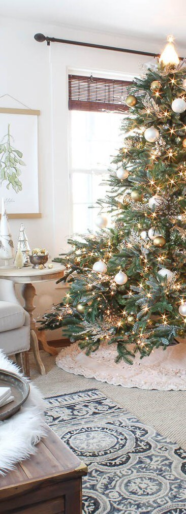 Elegant white and gold matte Christmas Tree | Best Way to Decorate Christmas Trees on a Budget: Inexpensive or Free & Easy Holiday Ornaments & Decorations
