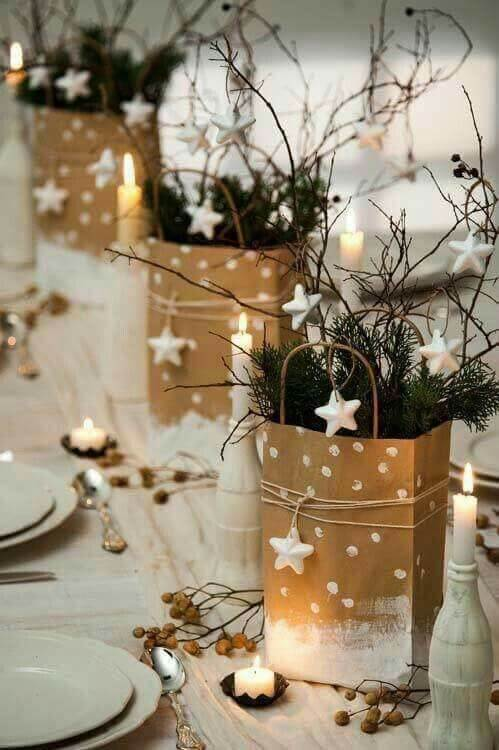 Elegant Golden Christmas | Best Elegant Christmas Centerpieces & Designs | Farmfoodfamily.com