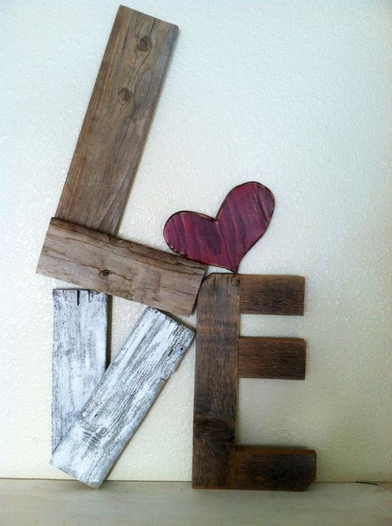 Rustic LOVE Reclaimed Wood Valentine Home Decor | Valentine's Day Decorating Ideas For Your Lovers | FarmFoodFamily.com