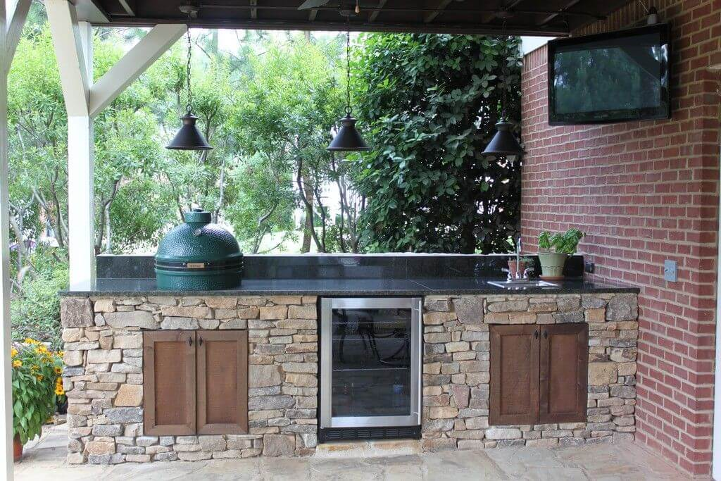 Stone Kitchen With Black Countertop | DIY Outdoor Kitchen Ideas (Cheap, Simple, Modern, and Country)