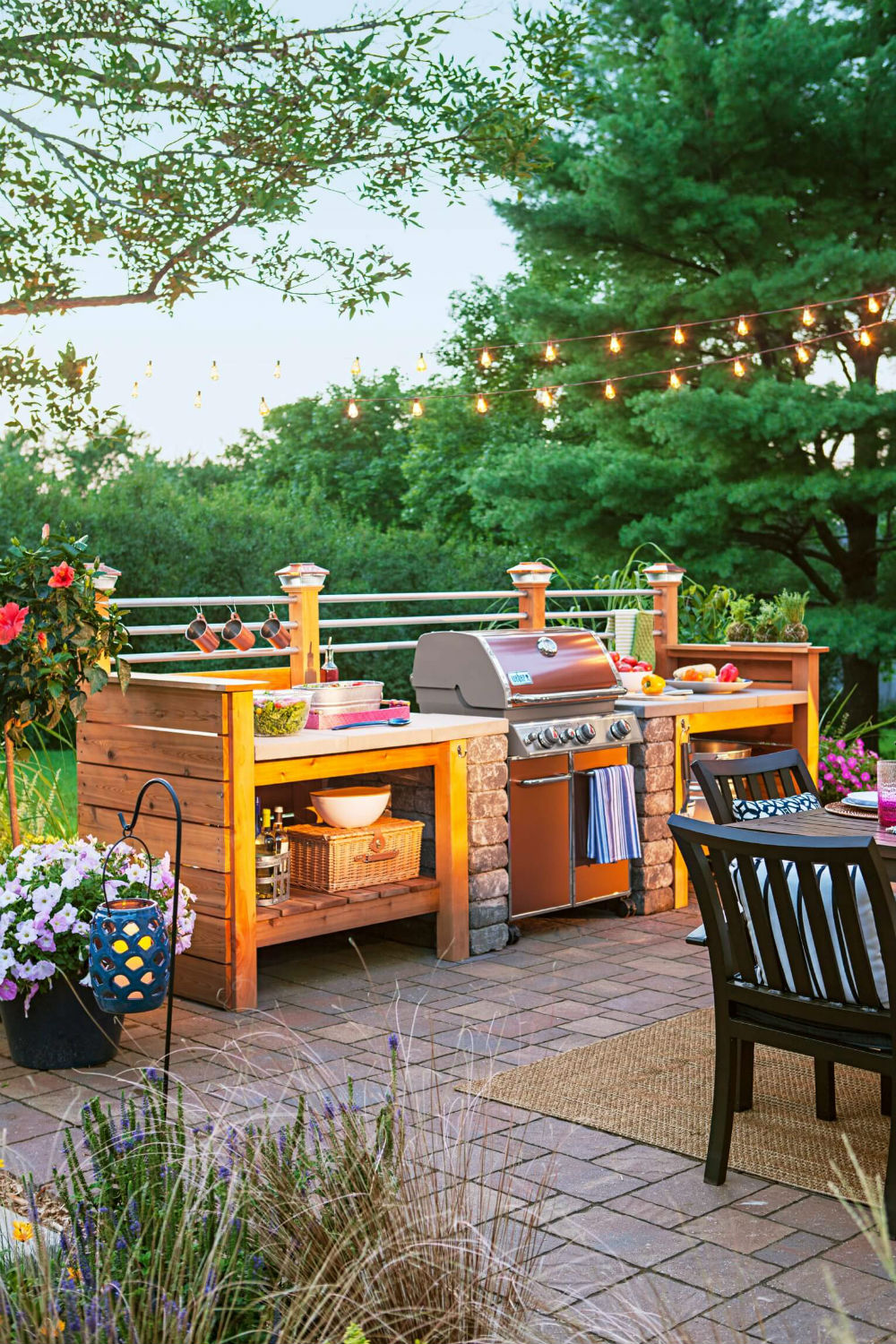 Expensive Kitchen With A Gas Grill | DIY Outdoor Kitchen Ideas (Cheap, Simple, Modern, and Country)