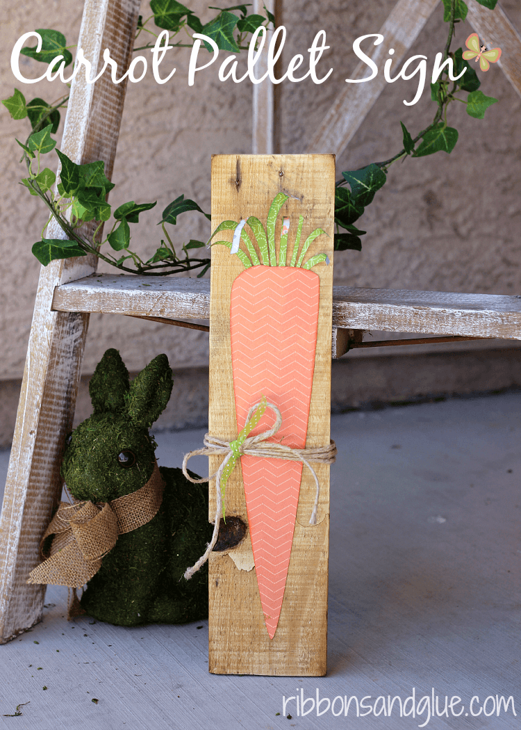 Carrot Pallet Sign | Best Easter Porch Decorating Ideas
