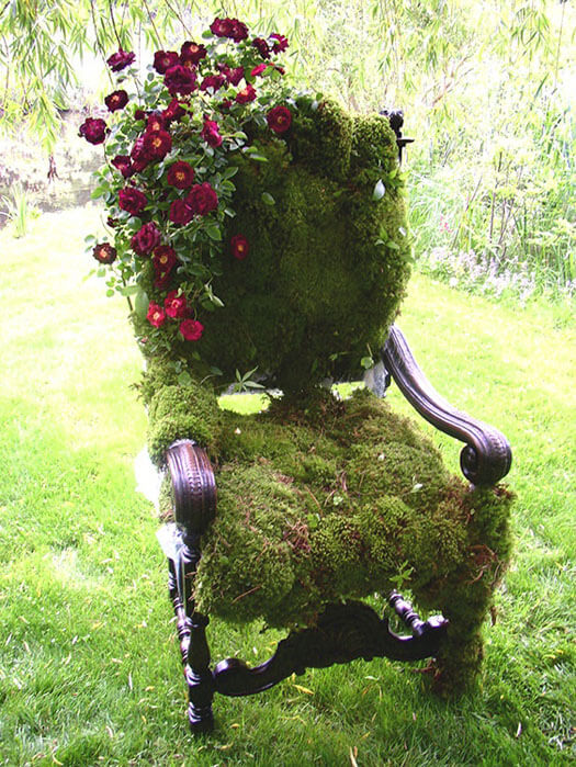 DIY moss covered chair   Creative Upcycled DIY Chair Planter Ideas For Your Garden