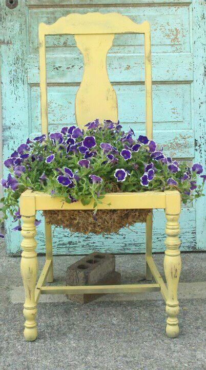 Flower pot chair   Creative Upcycled DIY Chair Planter Ideas For Your Garden