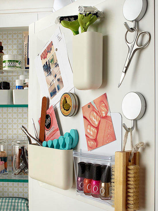 Slim magnetic containers | Best Small Bathroom Storage Designs & Ideas