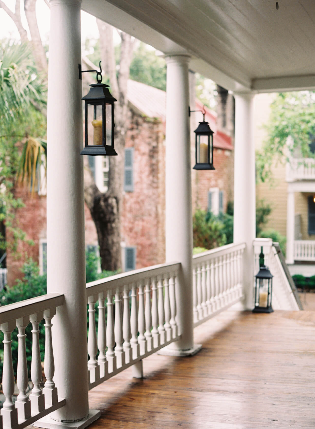 Porches always add charm to a home | Trending & Vintage Porch Lighting Ideas & Designs | FarmFoodFamily.com