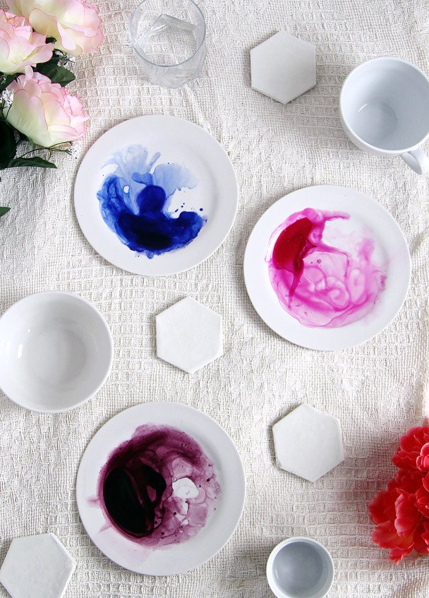 DECORATED DISHES