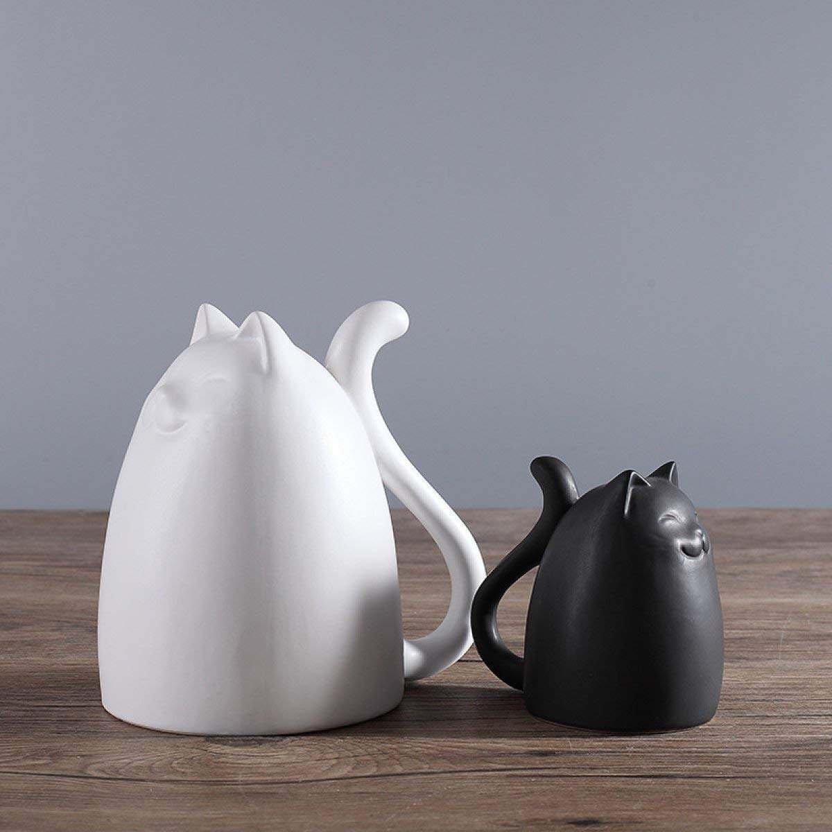 Small black and white cat ornaments