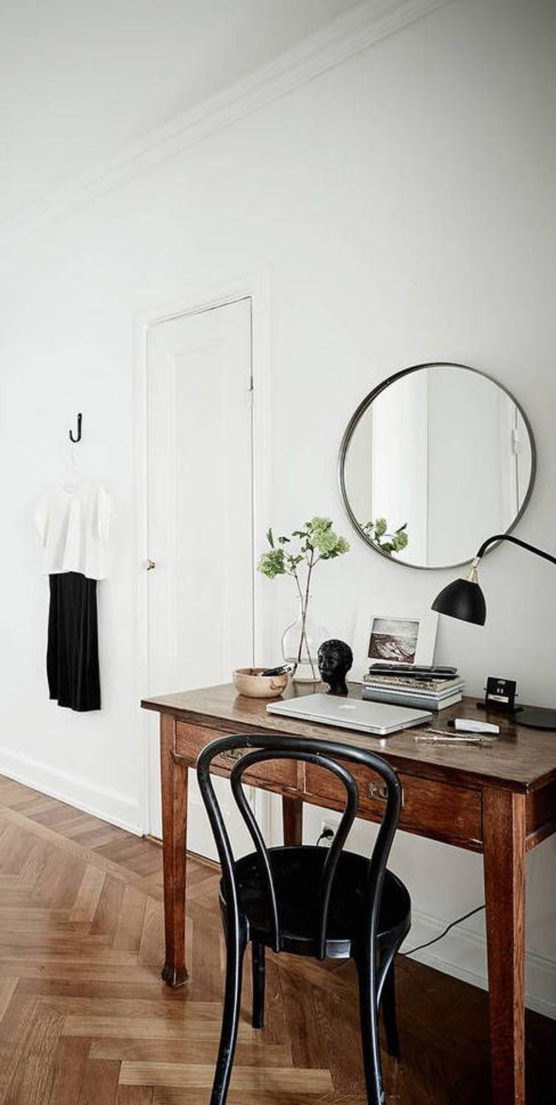 Simple black chair for dressing table