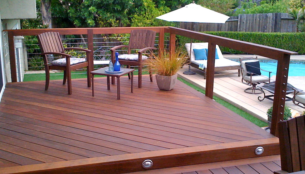 Cable Railing and Hardwood Decking