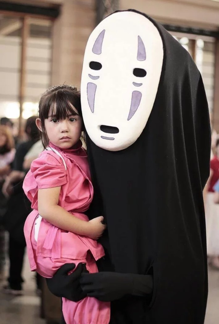 22+ Inexpensive Costumes for Kids and Adults That Can be Made at Home