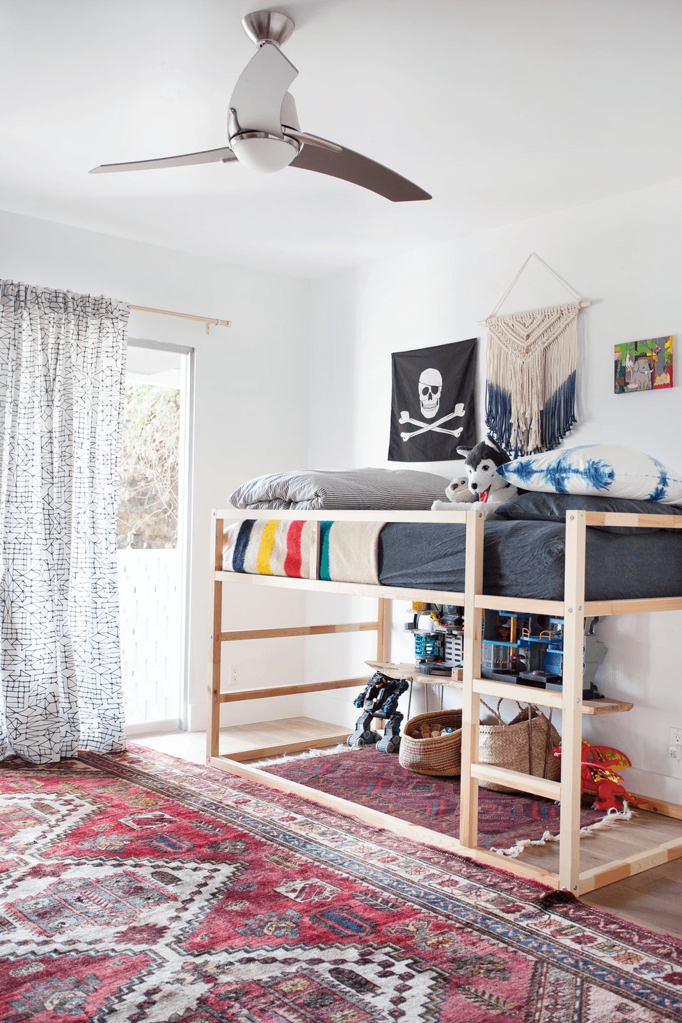 The bottom bunk - Clever DIY Toy Storage & Organization Ideas & Projects For Kids