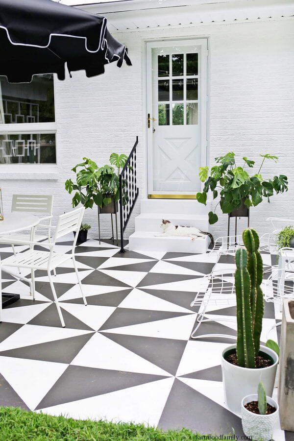 DIY Painted Patio Tile