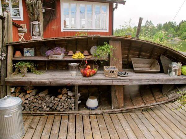 Nautical garden work bench and storage | Beach-Style Outdoor Ideas For Your Porch and Backyard