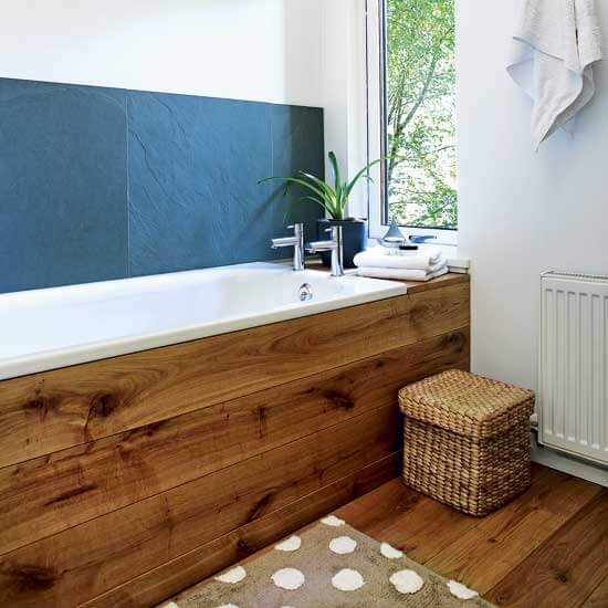 Wooden accent for bathtub