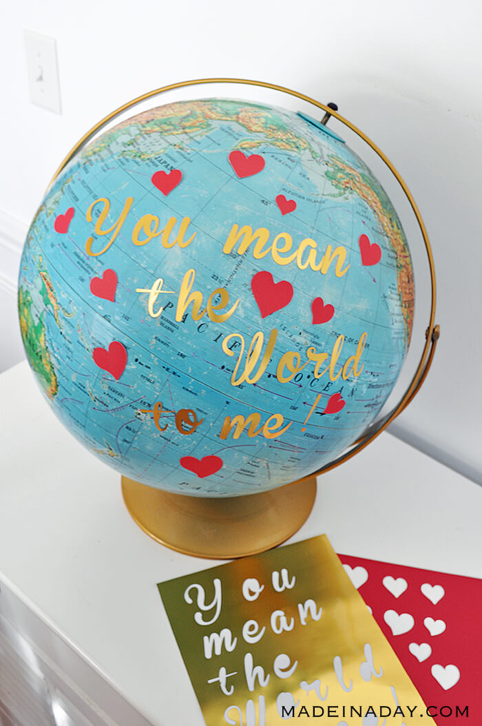You mean 'the world to me' Globe