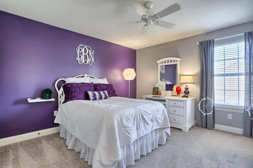 Feng Shui of Violet with White and Sand Colors