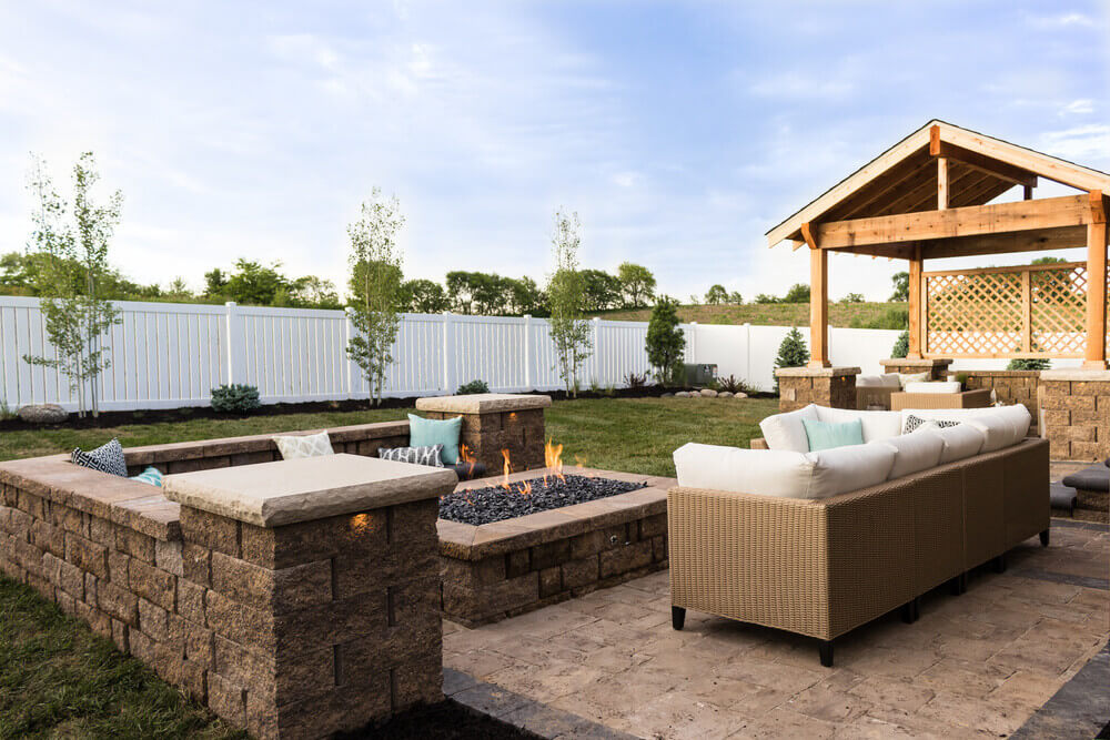 Patio-Style Fire Pit