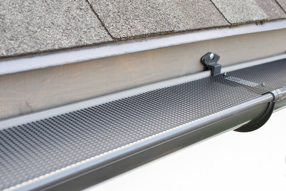 Pros and Cons of Gutters