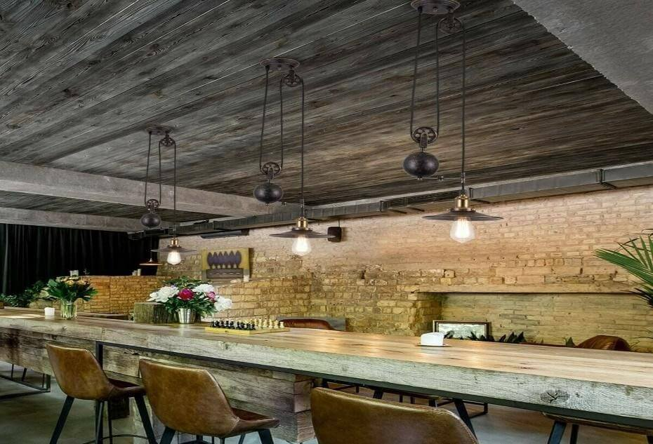Counterweight and pulley pendant lighting